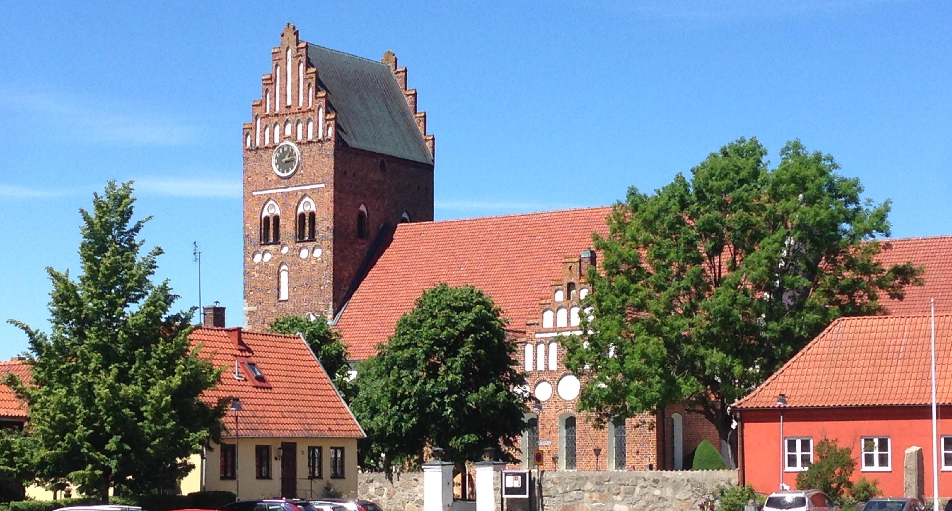 Från 1 mars 2018 och cirka ett år framåt pågår renovering av Åhus S:ta Maria kyrka.