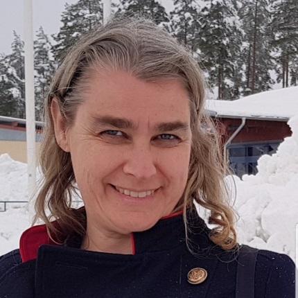 Marina Pesonen, 36 r i Klssbol p stngsvgen 11