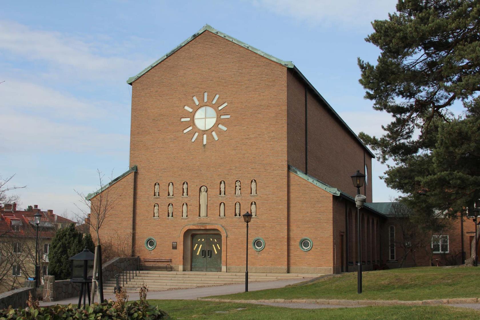 https://www.svenskakyrkan.se/bilder/Essingekyrka(1).jpg?DoProcessing=&w=1680