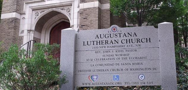 Gudtjänst hålls i Augustana Lutheran Church, 2100 New Hampshire Ave NW, Washington, DC 20009.  Om du önskar kontakta oss via post är adressen Svenska Kyrkan Washington DC, PO Box 73263, Washington DC, 20056-3263. Du kan även kontakta oss via e-mail: washington[at]svenskakyrkan.se.