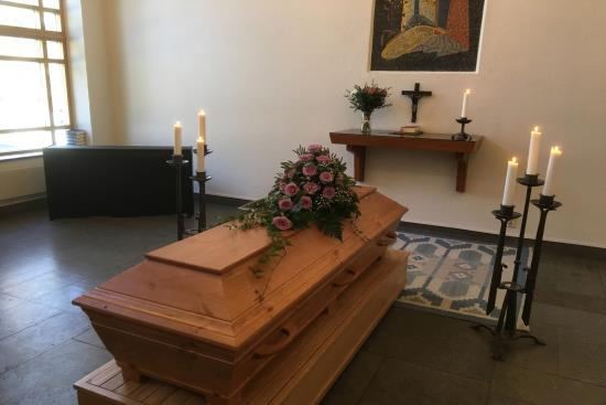 ordna begravning själv