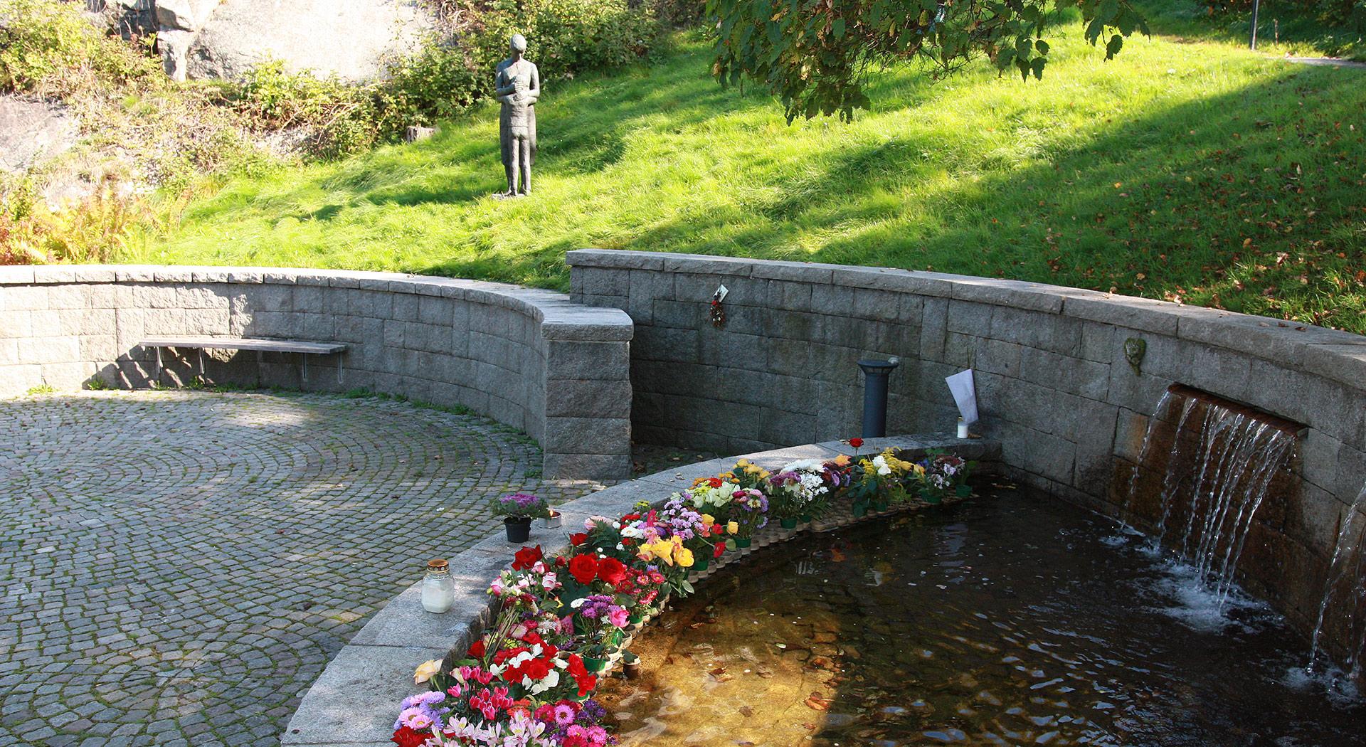 blommor västra kyrkogården